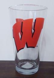 Wisconsin Badgers 16OZ W Logo Pint Glass