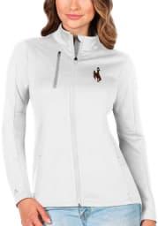 Antigua Wyoming Cowboys Womens White Generation Light Weight Jacket