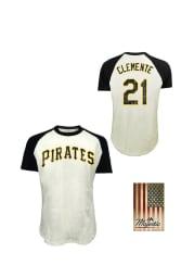 Roberto Clemente Pittsburgh Pirates White Retired Short Sleeve Fashion Player T Shirt