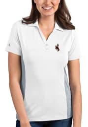 Antigua Wyoming Cowboys Womens White Venture Short Sleeve Polo Shirt