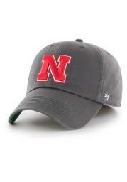 47 Nebraska Cornhuskers Mens Charcoal Franchise Fitted Hat