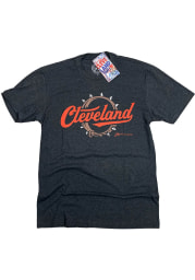 GV Art + Design Cleveland Grey Dawg Collar Short Sleeve Fashion T Shirt