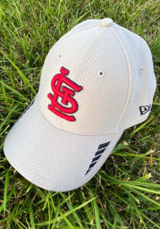 New Era St Louis Cardinals Grey JR Rush 9FORTY Youth Adjustable Hat