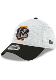 New Era Cincinnati Bengals Mens Grey 2021 Training Camp 39THIRTY Flex Hat