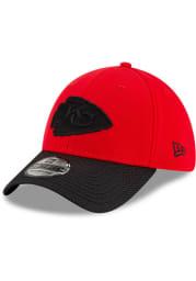 New Era Kansas City Chiefs Mens Red 2021 Sideline Road 39THIRTY Flex Hat