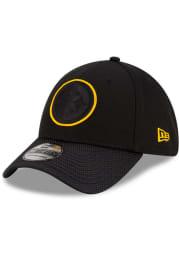 New Era Pittsburgh Steelers Mens Black 2021 Sideline Road 39THIRTY Flex Hat