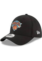 New Era New York Knicks Mens Black Team Classic 39THIRTY Flex Hat
