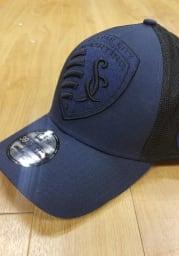 New Era Sporting Kansas City Mens Navy Blue Mega Rip Mesh 39THIRTY Flex Hat