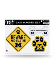Michigan Wolverines 3-Piece Pet Themed Pet Magnet