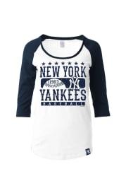 NY Yankees Womens White Athletic Long Sleeve Scoop Neck