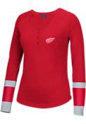Reebok Detroit Red Wings Womens Jersey Striped Henley Scoop Neck Tee