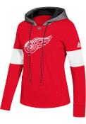 Detroit Red Wings Womens Adidas Crewdie Hooded Sweatshirt - Red