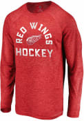 Detroit Red Wings Iconic Striated Breezer T-Shirt - Red