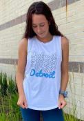 Detroit Women's Repeating Wordmark Muscle Tank - White